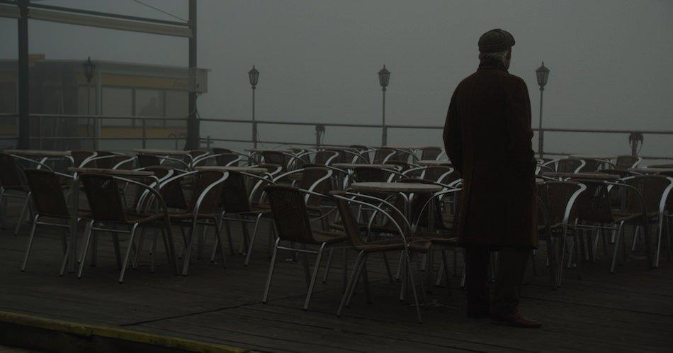 シャルナス・バルタスが現在製作中の、ブロツキー『ヴェネツィア 水の迷宮の夢』を基にしたドキュメンタリー映画『Watermark』。トニ・セルヴィッロが出演。 https://t.co/y9tGS00DDb