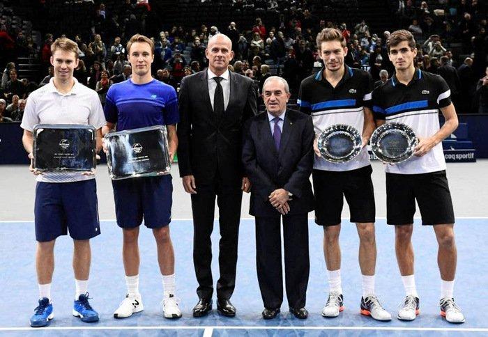 Kontinen s Peersem porazili naposledy světové jedničky na Masters v Paříži