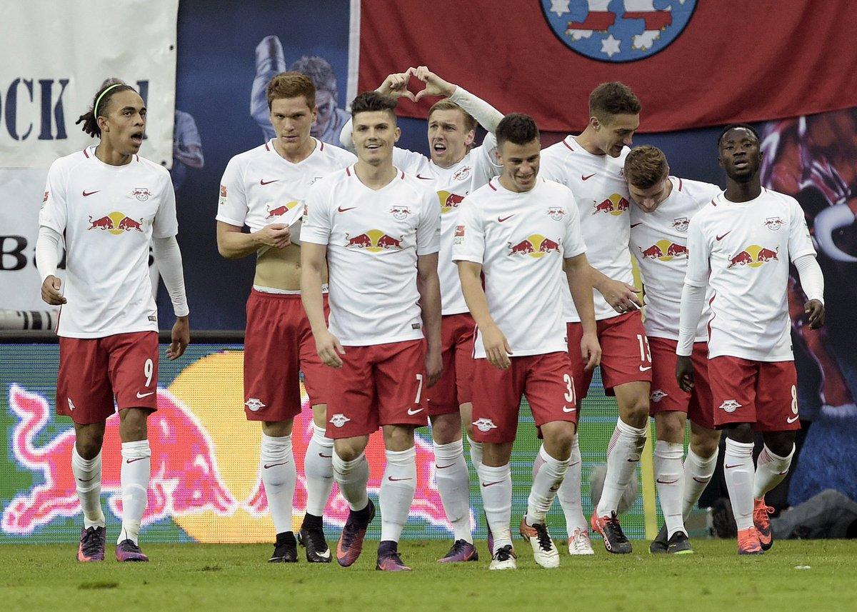 Half time: RB Leipzig 3-0 Mainz 05 #RBLM05