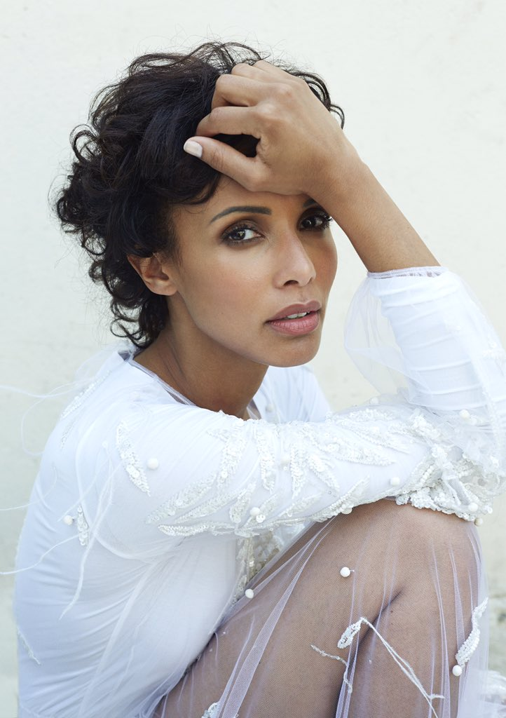 Elana Binysh Nude Photos