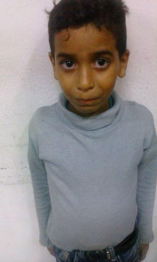 1/2 Este niño apareció en Valles del Tuy (Cartanal). Dice ser de Caracas. Parece fue secuestrado por sus respuestas. https://t.co/Dc01FTyUnM