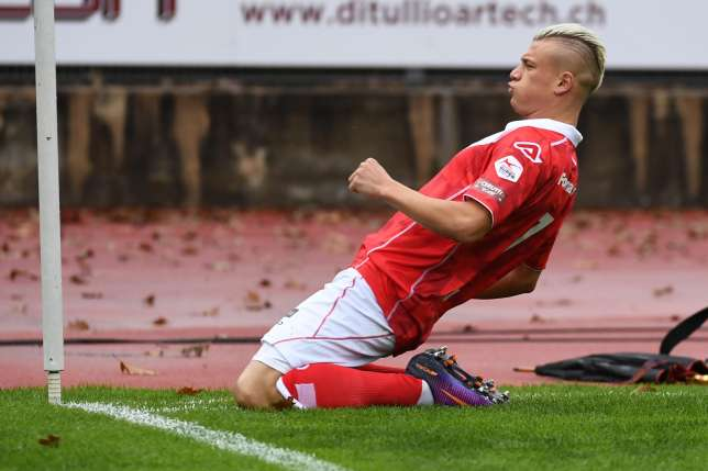 Alioski celebrates his goal; photo: FC Lugano