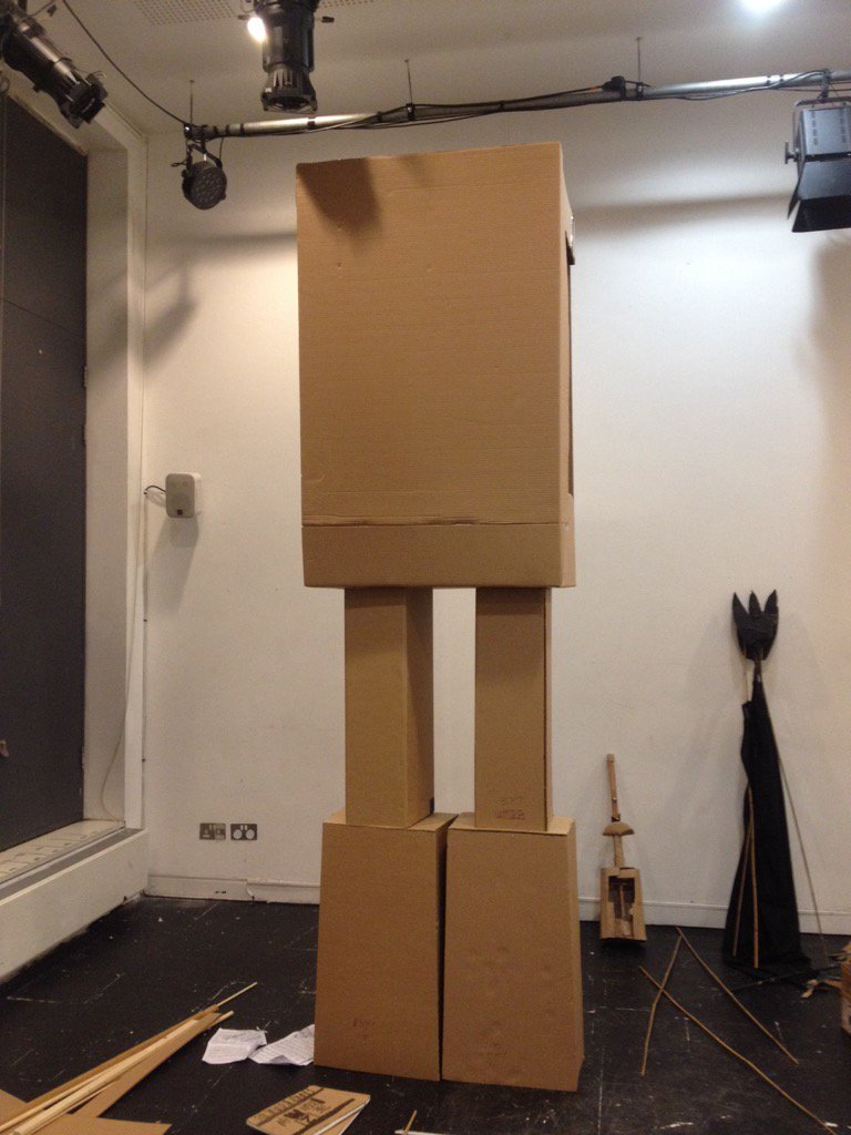 Giant #TheIronMan half finished @Unicorn_Theatre #puppets #cardboard #puppetry #art https://t.co/VgSzbOTNzz