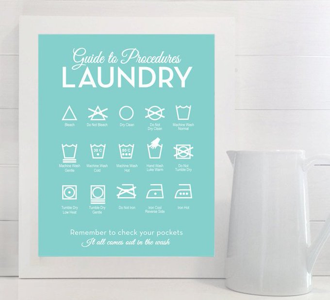 Add a cheat sheet to your laundry room so you never ruin another article of clothing: DIY