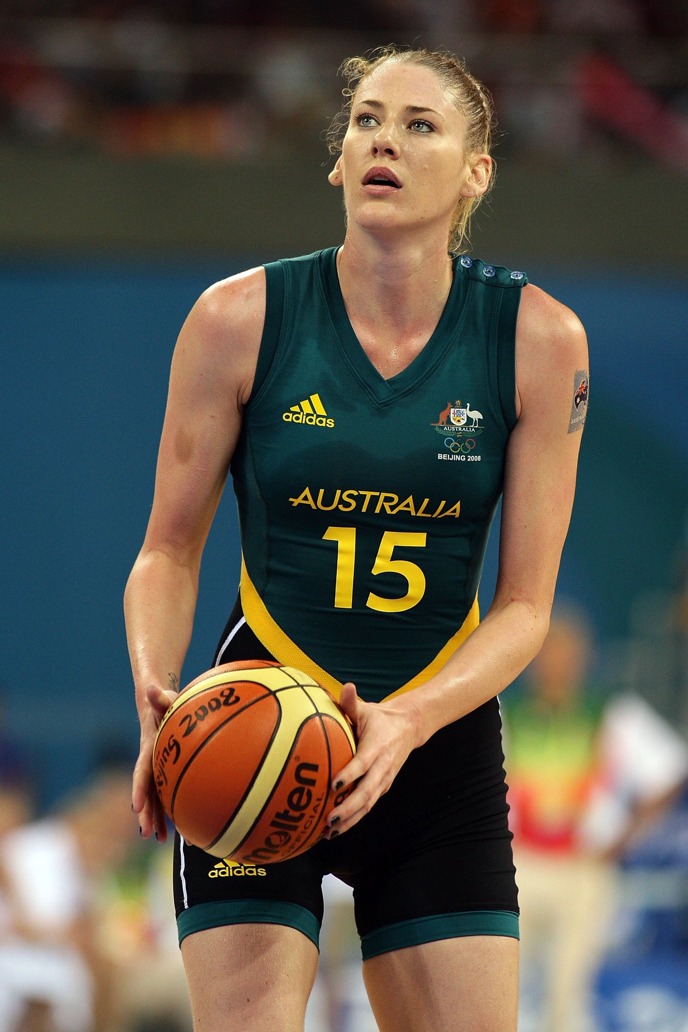 4 x Olympic medals, 2 x @WNBA and 6 x @WNBL championships...a living legend who needs no intro: @laurenej15! #DeakinWISE #WomenInSport https://t.co/7JQ9N8lMOR