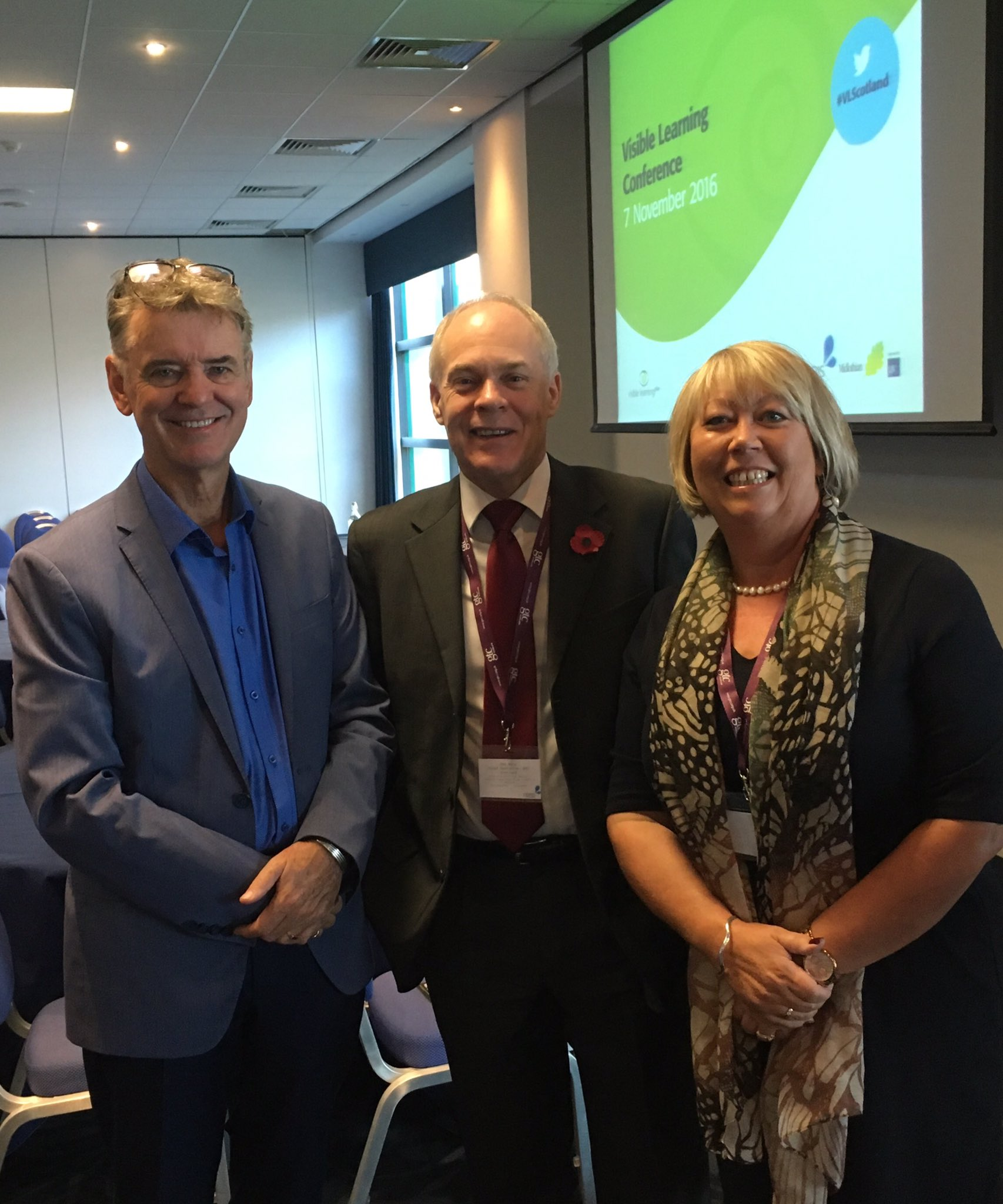 "Chatting with Prof John Hattie & Ken Muir at #VLScotland Conf - ""What really works best in our classrooms"" @RAttainment @TeamSCEL https://t.co/cCbyKLusdu"
