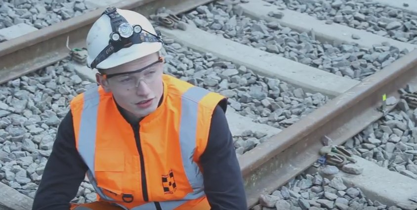 This week marks #TEWeek16 - watch Daniel's #engineering apprenticeship story as he joins the engineers of the future https://t.co/e3WpaHuqrC https://t.co/rKyOT0dqv2
