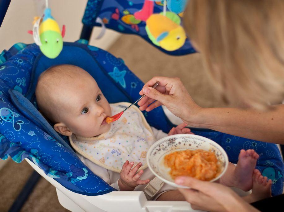Ternyata Bayi Yang Teratur Mengkonsumsi Ikan, Akan Terlindung Dari Alergi - AnekaNews.net