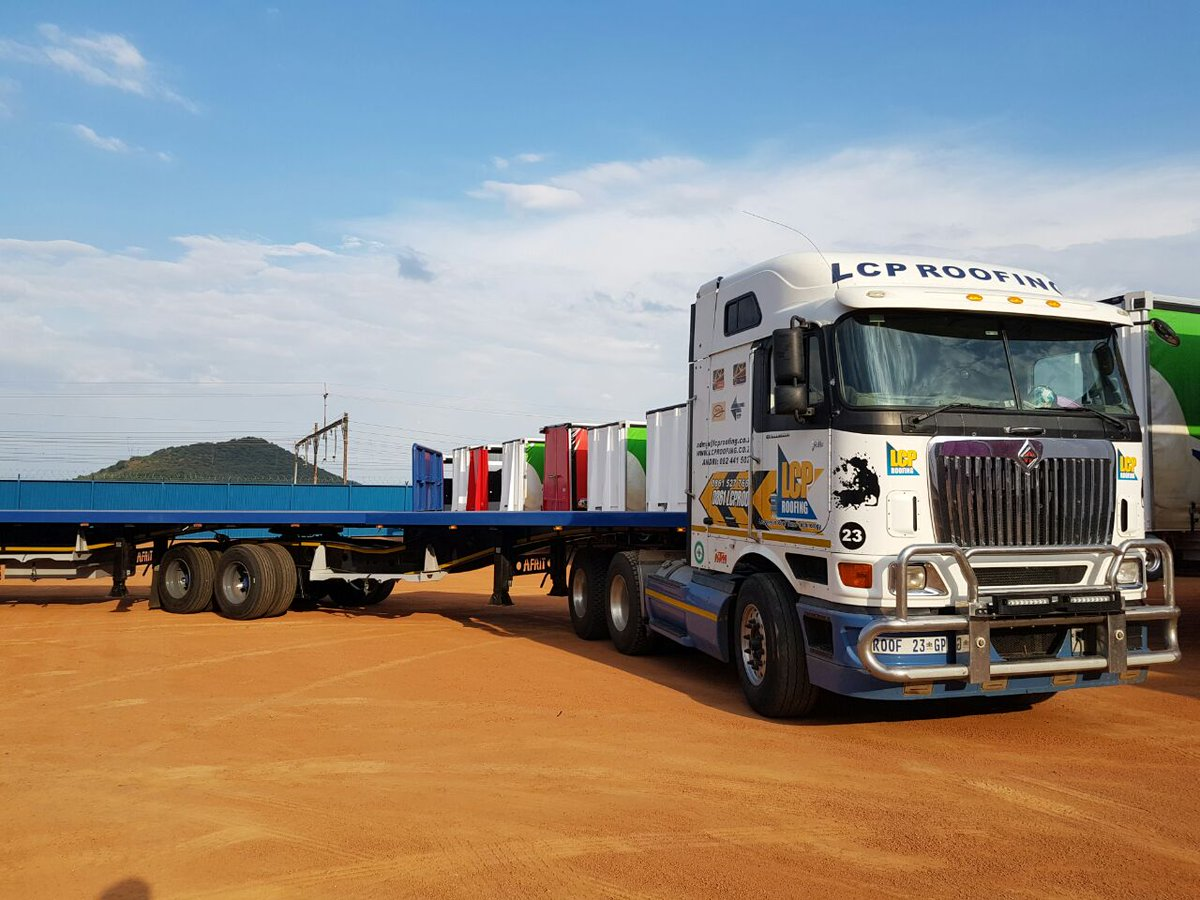 Lcp Roofing On Twitter Lcptrucking Super Stoked To Have Taken Delivery Of Two New Afrit Superlink F6 Flatdeck Trailers Trucking Transport Fleet Delivery Https T Co 64mwgkafwc