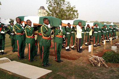 The military has, on Monday, buried the remains of soldiers that were recently killed by Boko Haram insurgents during the fight against insurgency.