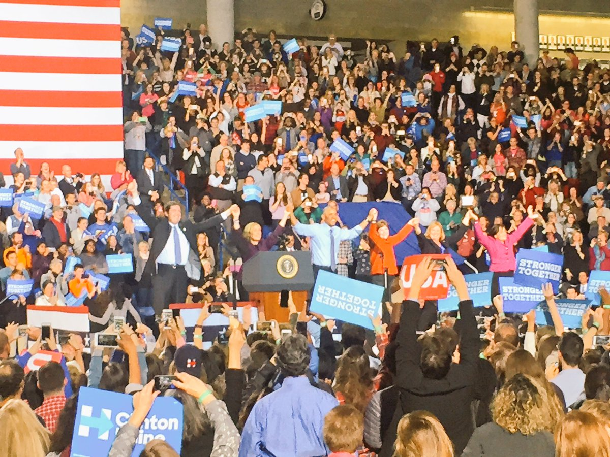 .@POTUS got this crowd fired up! Tomorrow, we make history! #nhpolitics
