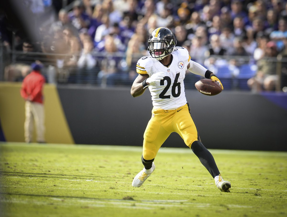 LeVeon Andrew Bell ˈ l eɪ v i ɒ n LAYveeon born February 18 1992 is an American football running back for the Pittsburgh Steelers of the National