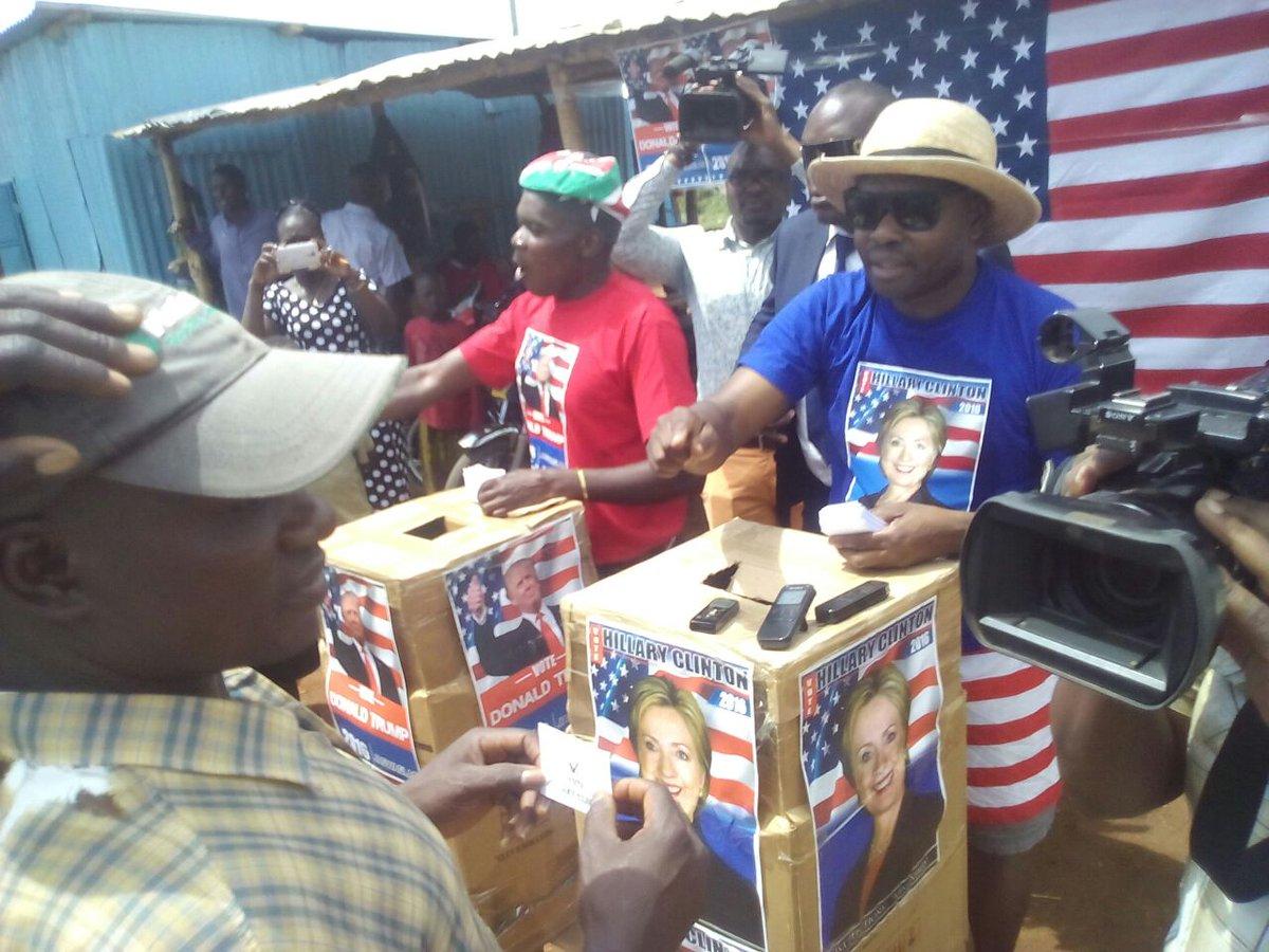 @HillaryClinton wins in mock elections in @BarackObama's rural Kenyan village of Kogelo #USADecides  #KogeloDecides https://t.co/MHNFe9ZUX2