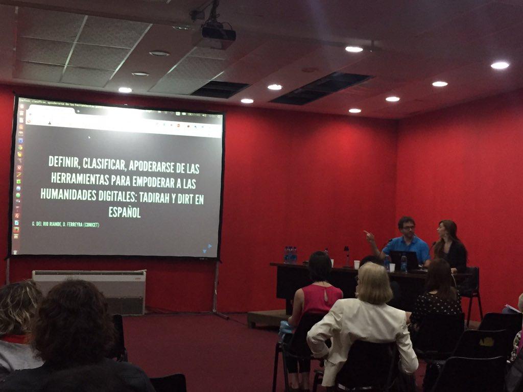 Comenzando la presentación de Dra. Gimena Del Río Riande y Mg. Diego Ferreyra @caicyt @HDCAICYT #CongresoAAHD https://t.co/Tj0wemzYLF