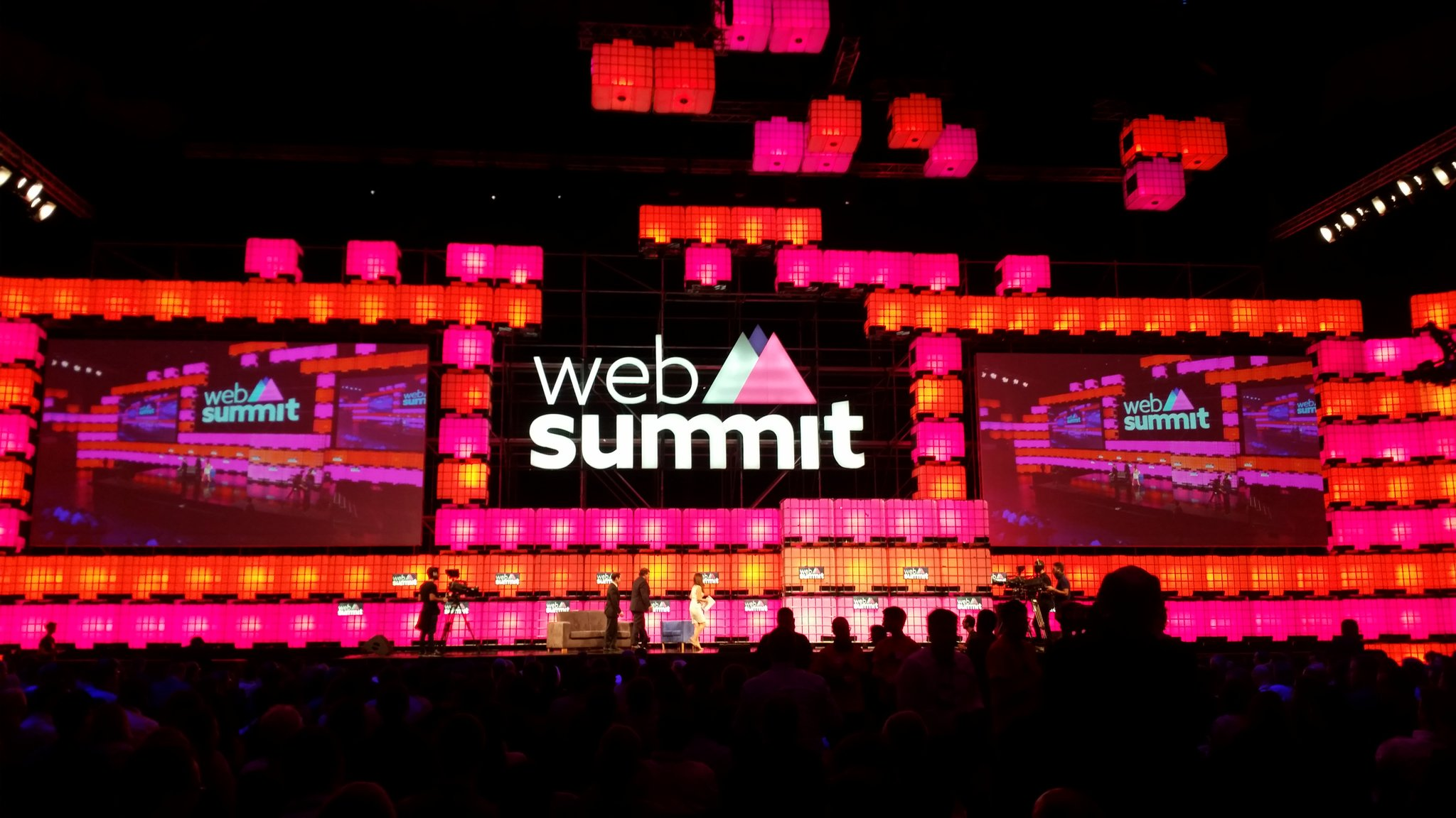 L'optimisme est au #websummit2016, on s'y voit ? #WebSummit #websummitlisbon https://t.co/WfnMvTQgKN