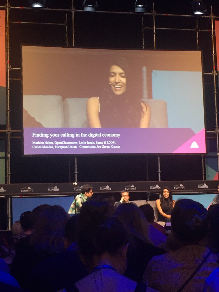 Attending the Finding your calling in the digital economy at the #FutureSocieties session at #WebSummit #esomar #mrx https://t.co/ujLEV3AI0w