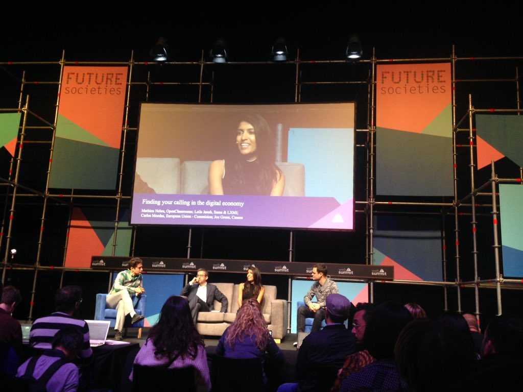 """On y est 🎉 ! 1ère conf d'une longue série : """" finding your calling in the digital economy """" #websummit #futuresocieties #lisboa https://t.co/jD1HLJ4ZDe"""
