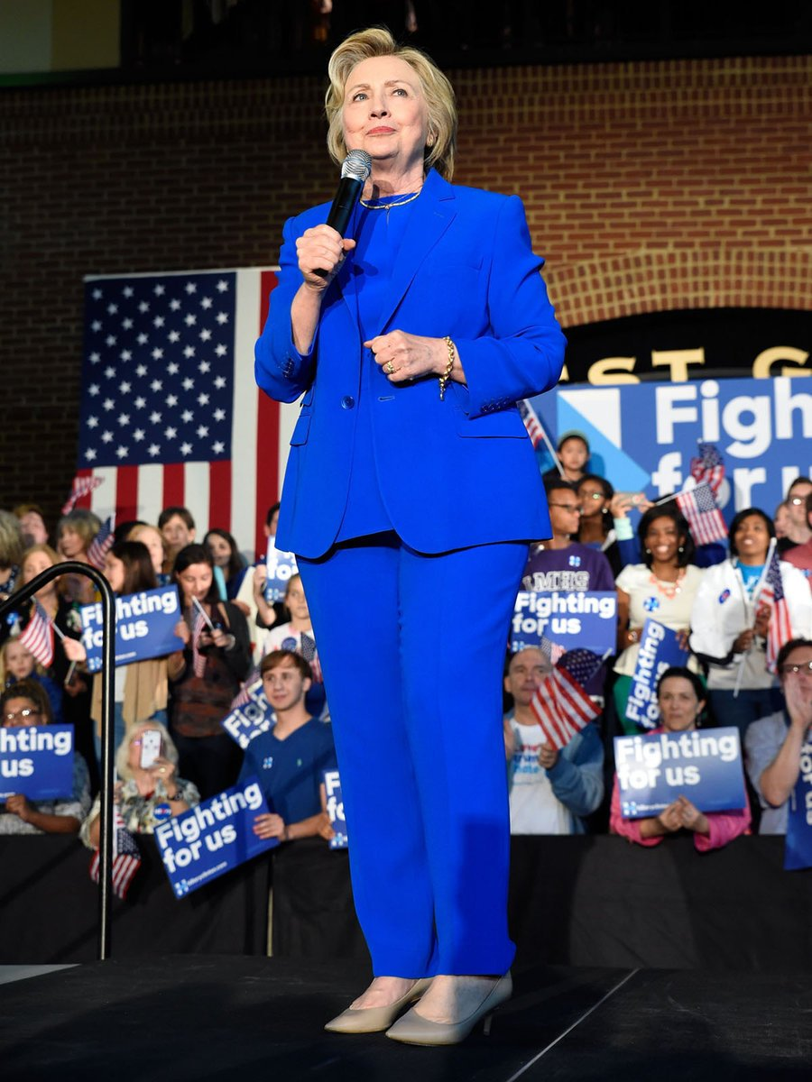 elle japan on twitter まもなく決戦 ヒラリー クリントンのスーツ