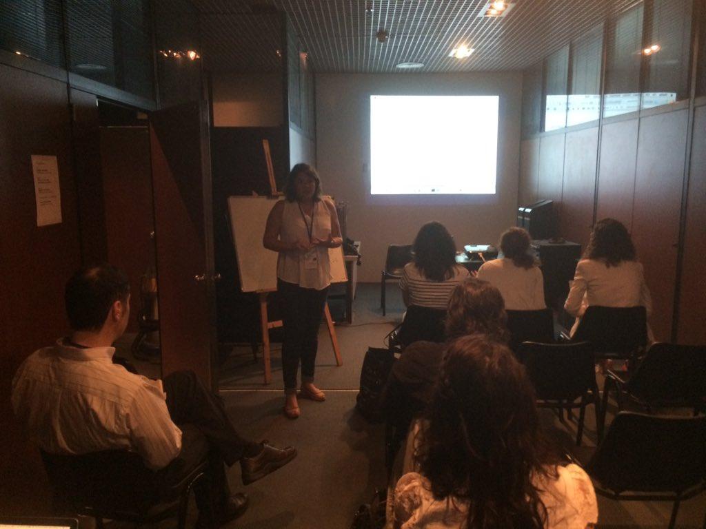 @sallesto y el desafío Jeckyll Github en Buenos Aires #CongresoAAHD https://t.co/hGjJUvFb6U