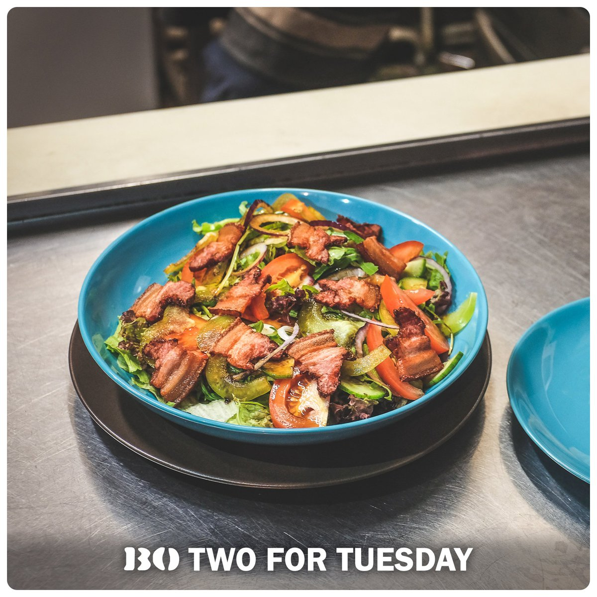 #twofortuesday special offers makes it even cheaper than preparing your food at home. Check the bar board for these special offers :) https://t.co/WQVHLLlchq