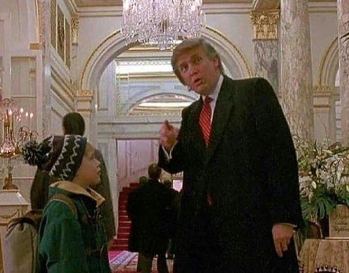 Temos que levar em consideração que o Donald Trump ja ajudou o Kevin a não se perder no hotel. Isso deve ter pesado nas eleições.
