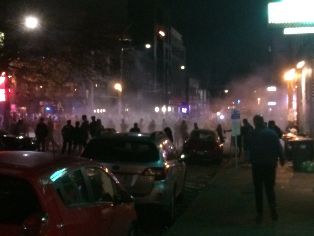 Friend says he just walked by protests on Capitol Hill in Seattle- this is on 10th Ave looking S, towards E Pike St. https://t.co/Aha1IeAAJ9