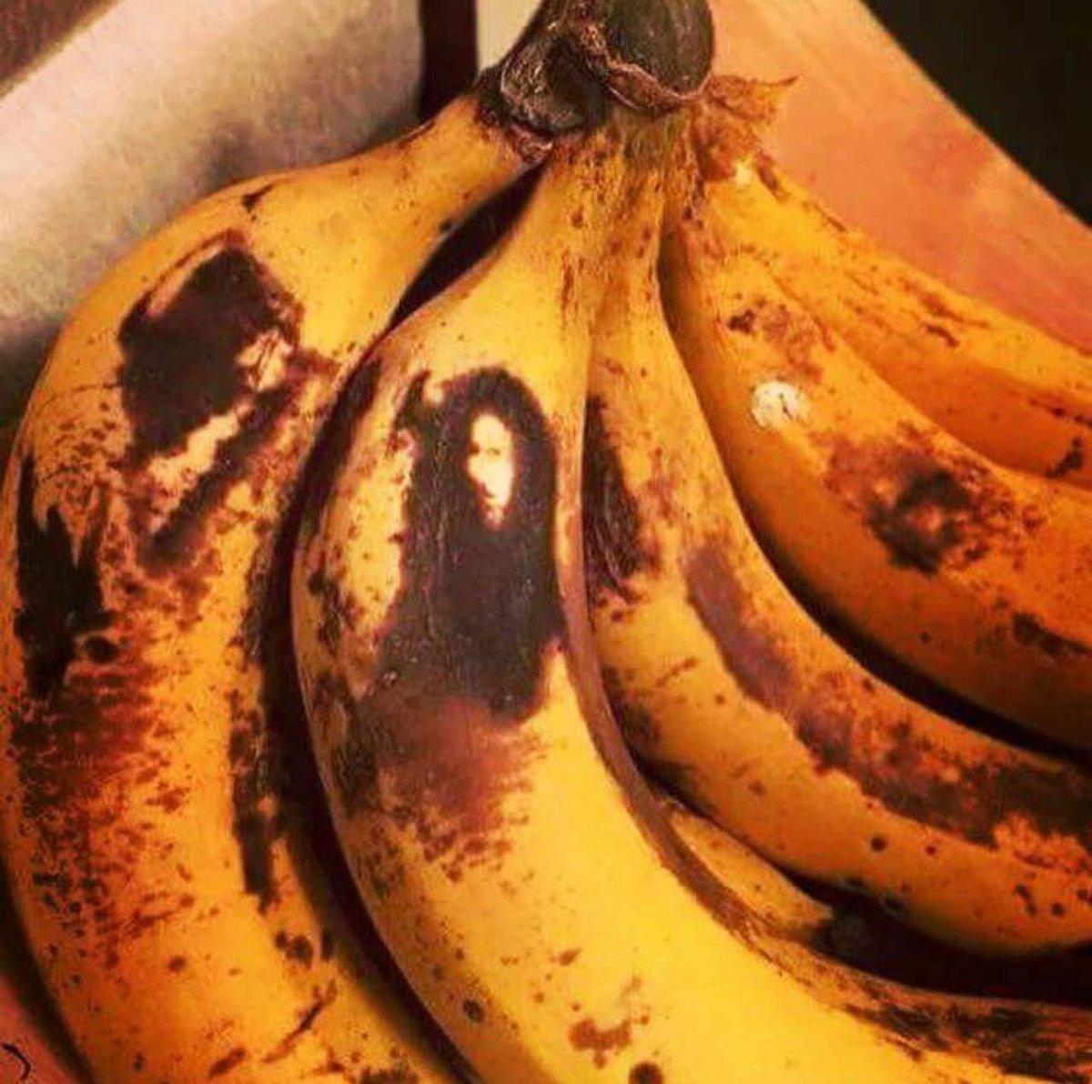 Bob Marley apareceu pra mim na banana hoje. https://t.co/ks3dcrvw9u