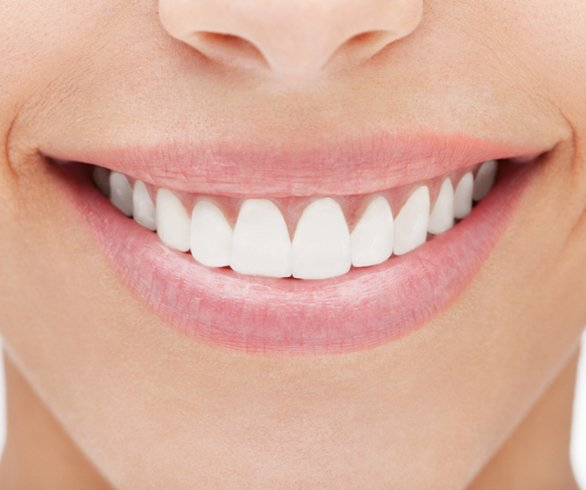 Whiten Your Teeth With These At Home Remedies