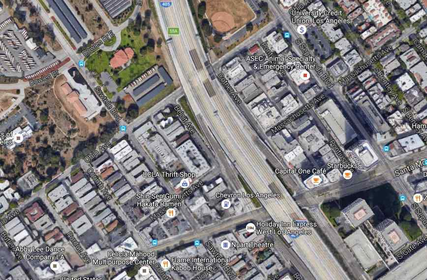 Ladder on 405 freeway leads to fatal motorcycle accident - scoopnest com