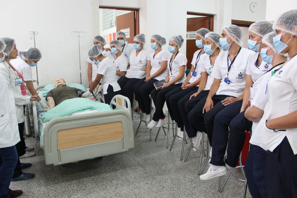 "Sena Salud Distrito Twitterissä: ""Aprendices de Técnico en Enfermería Sena  Meta, visitaron Aula de Simulación Clínica para aprendizaje avanzado con  simuladores robotizados.… https://t.co/gOuWYrjaHI"""