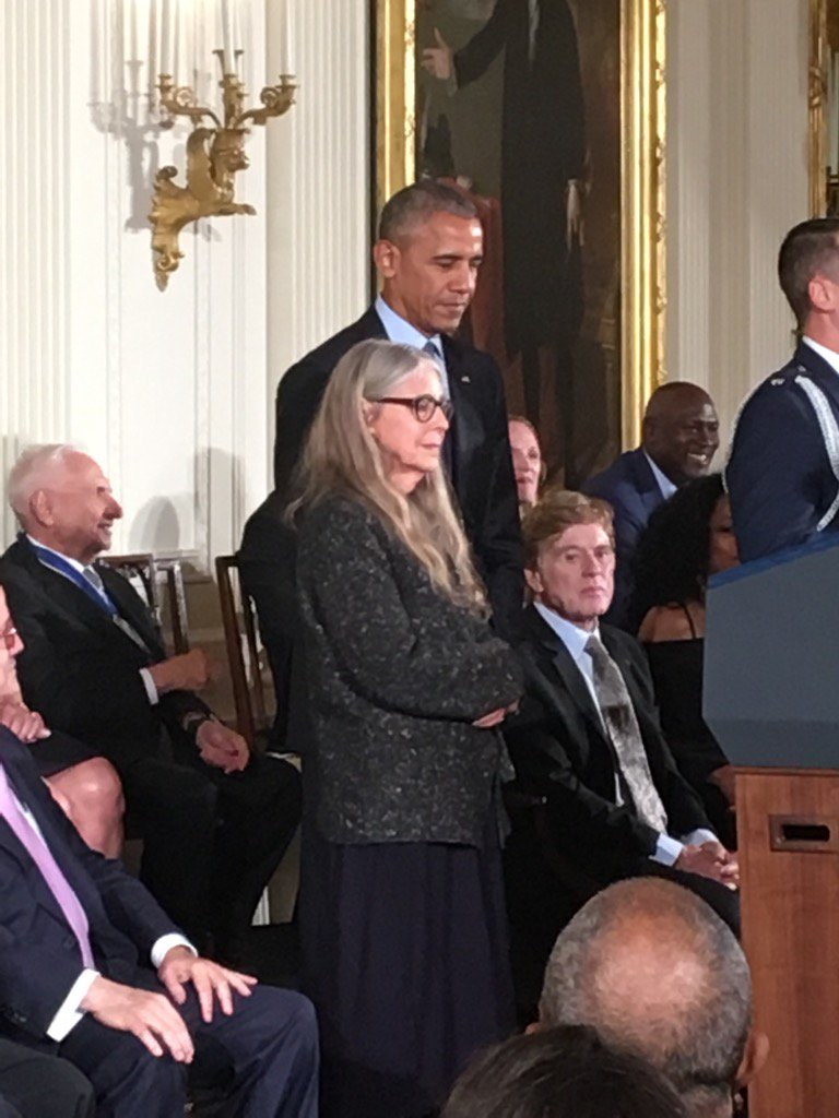 Software genius Margaret Hamilton - she's the woman who wrote the code that helped put men on the moon https://t.co/ny0NowiPdE