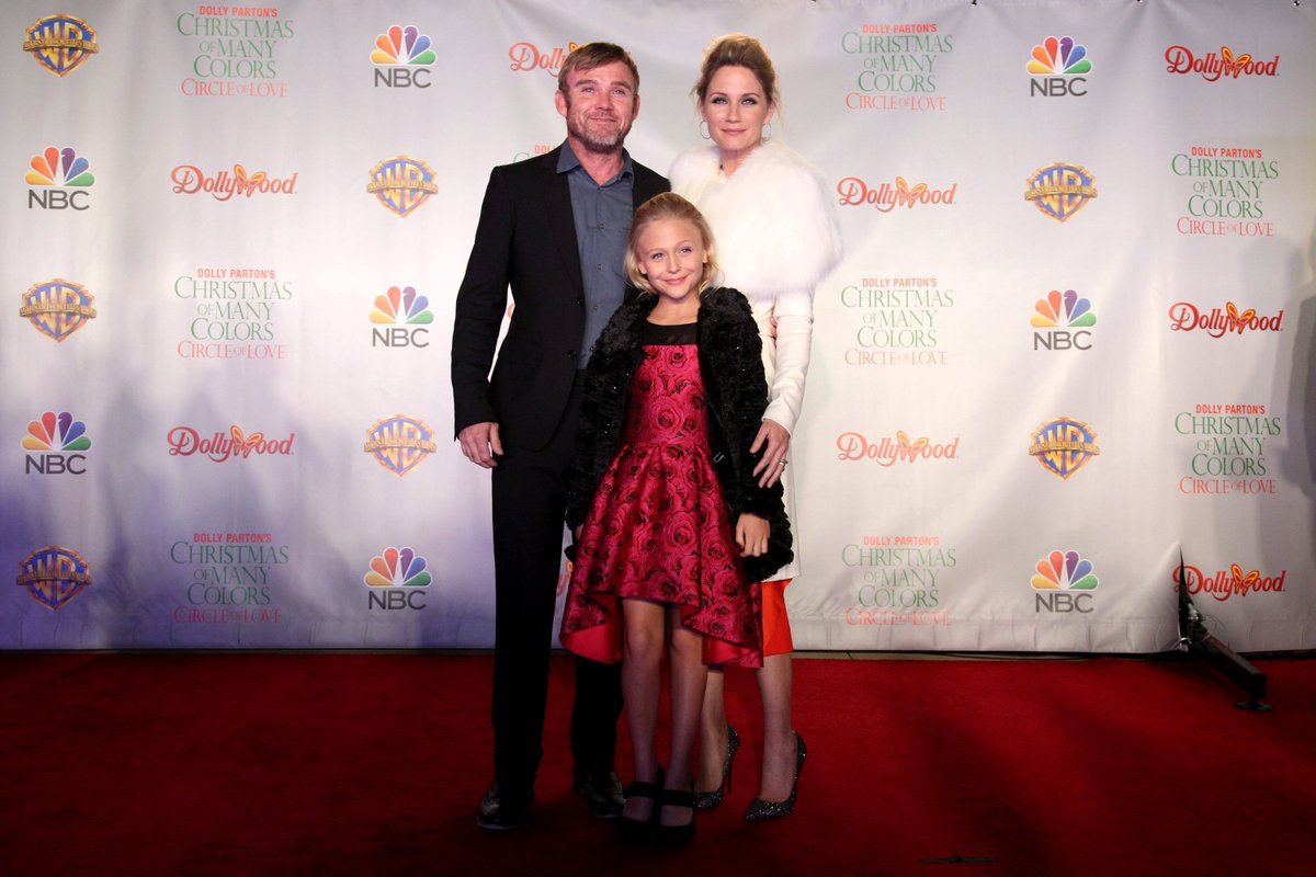 Nbc Christmas Of Many Colors.Nbc Entertainment On Twitter Ricky Schroder