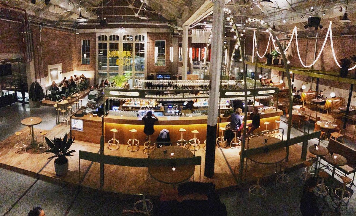 I like you a lot #KanarieClub !!Gloedjenieuw in de #Foodhallen #dinner #lunch #borrel @Culi_Amsterdam @Typhoon_PR #Amsterdam #WestSide https://t.co/ysDZgGzVIv