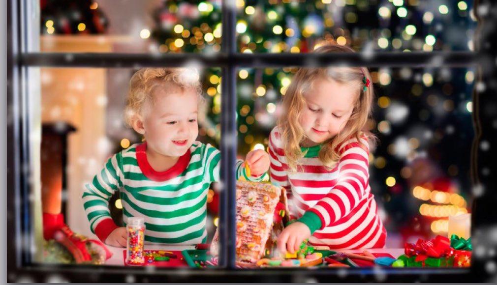 Regali di Natale: lo shopping si tinge di rosa