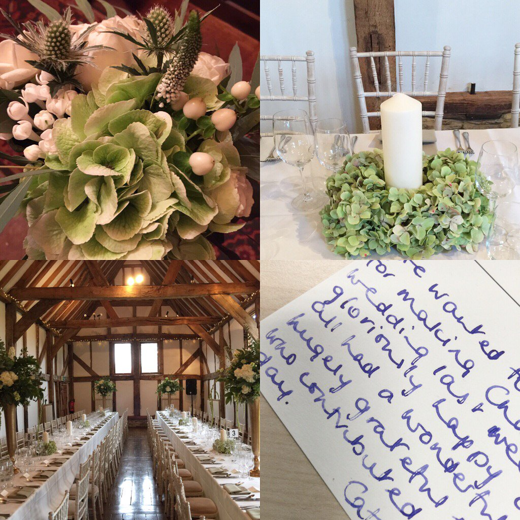 Snapshot of a gorgeous #WinterWedding @LoseleyPark @Loseleyevents & a lovely #thankyoucard