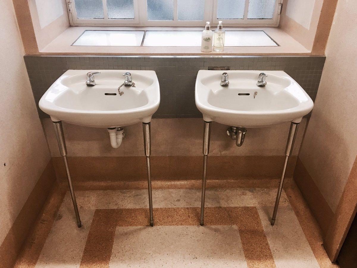 Sexy bathroom sink