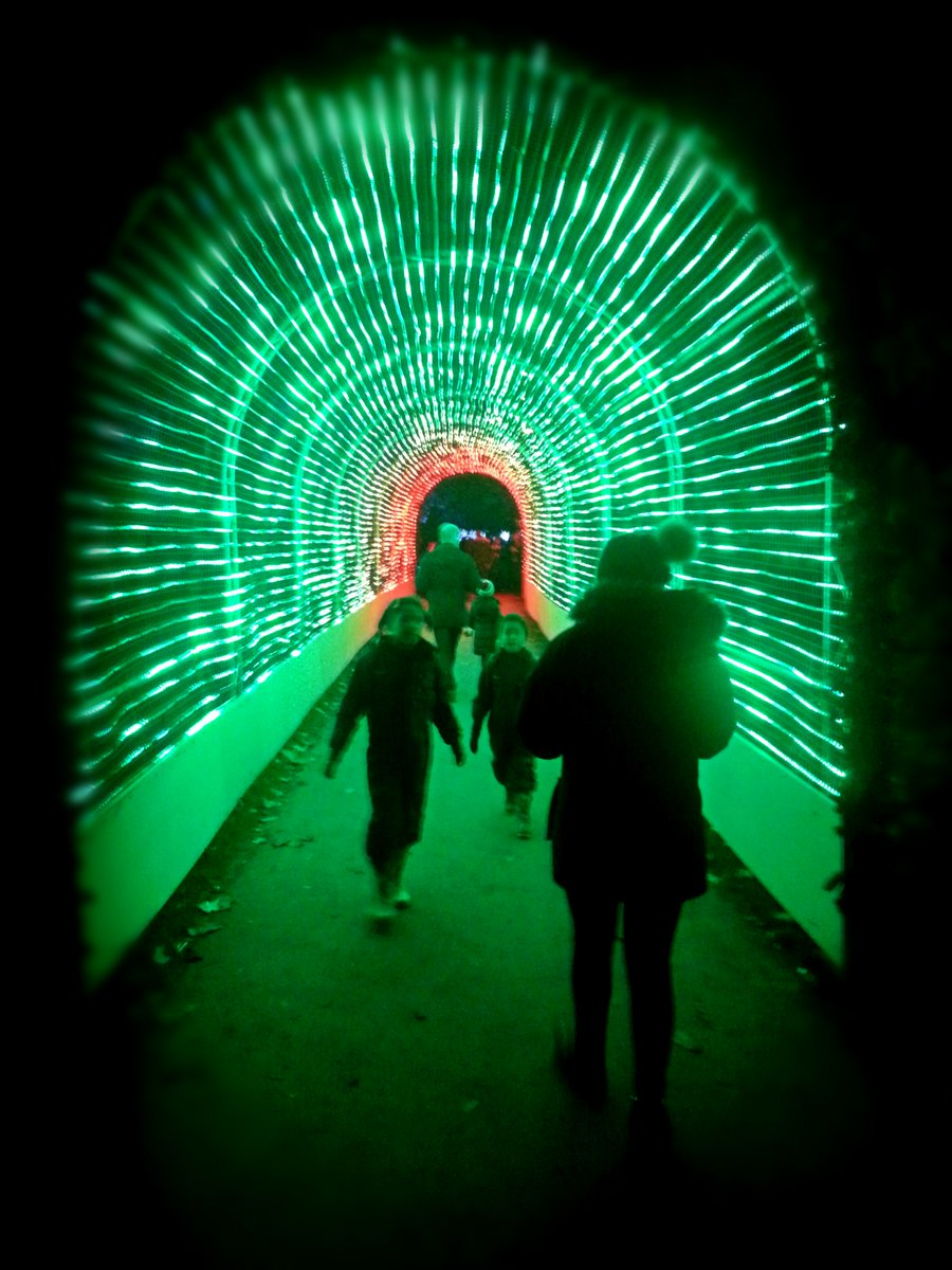 If Light At End Of Tunnel Is Green You >> Ramy Salameh On Twitter Feel As If You Are Flying Through Space