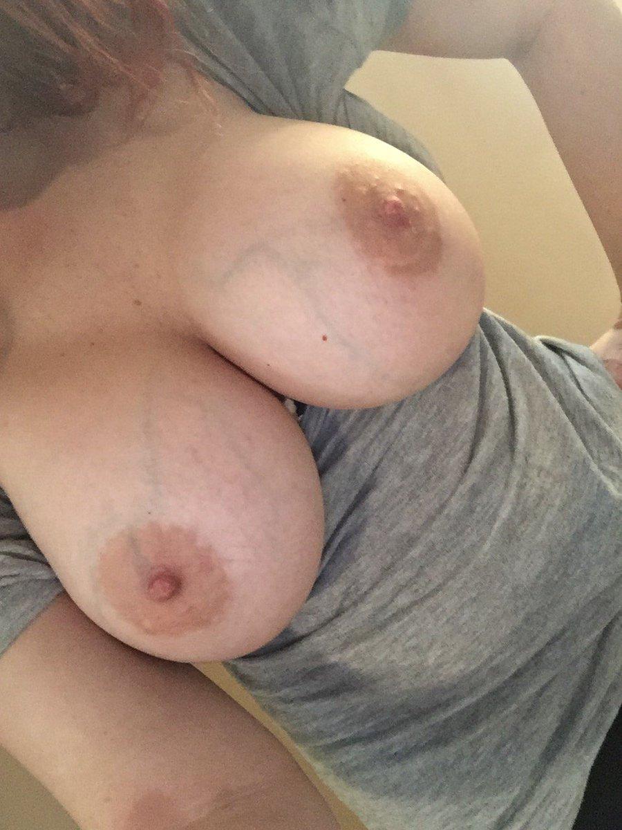 Nude Selfie 9508