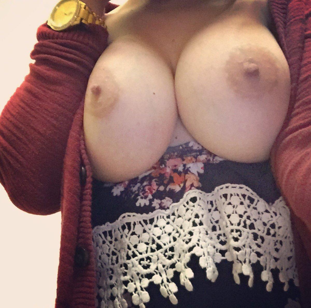 Nude Selfie 9512