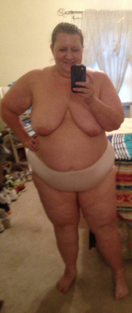 Nude Selfie 9523