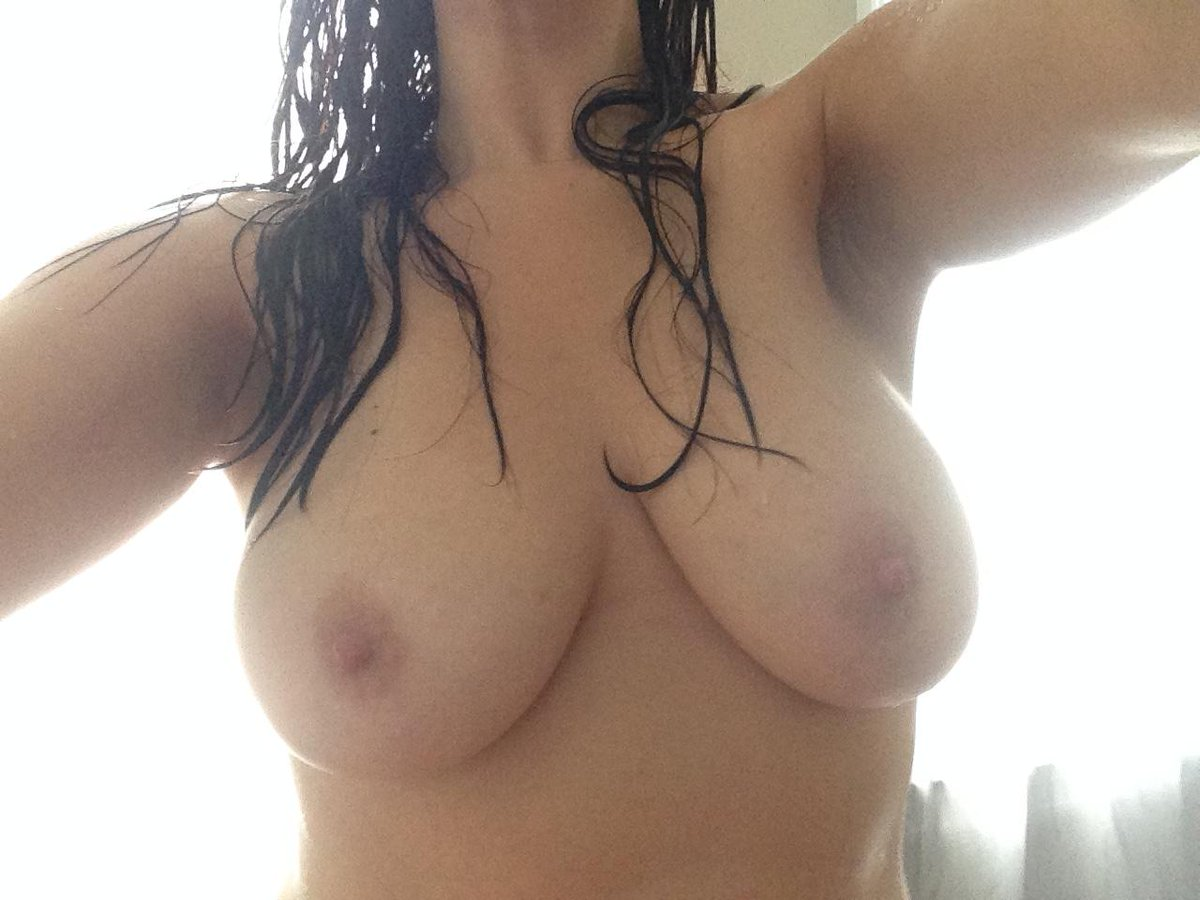 Nude Selfie 9534