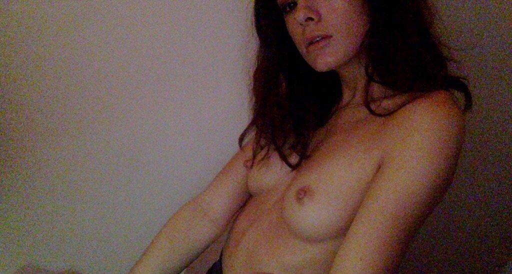 Nude Selfie 9536