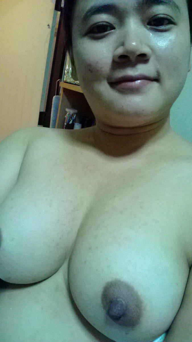 Nude Selfie 9543