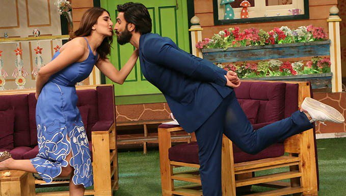 Ranveer Singh and Vaani Kapoor  IMAGES, GIF, ANIMATED GIF, WALLPAPER, STICKER FOR WHATSAPP & FACEBOOK