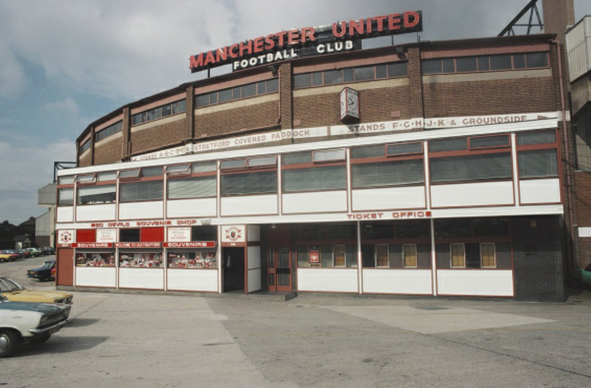 Old Trafford\'s Ticket office and Souvenir shop (1980) #ManchesterUnited #MUFC #OldTrafford #Manchester #manfey