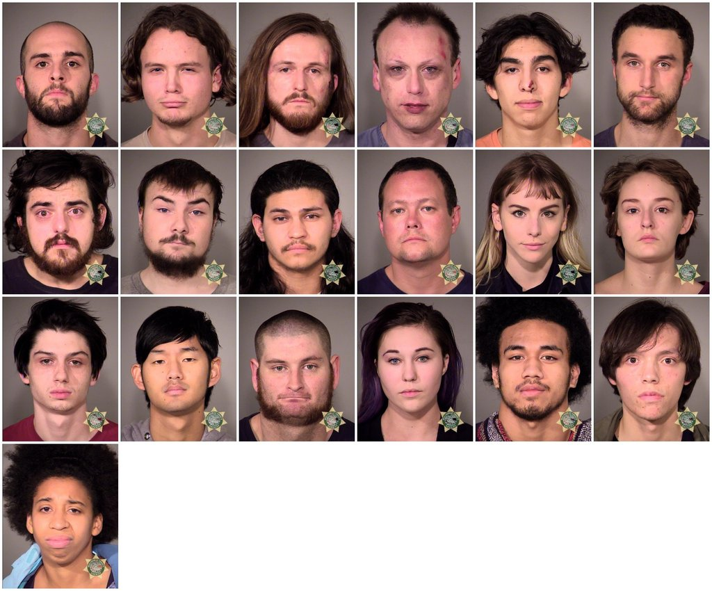 25 People Arrested in Thursday Night Riot in Portland (Photo) https://t.co/oas2XpzoHw https://t.co/ikipWaoqB1
