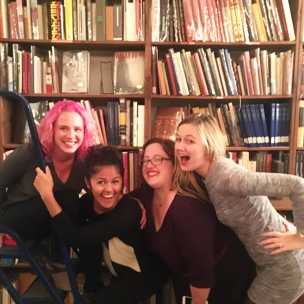 Book Riot babes plus me 🙌💕🌟@RebeccaSchinsky @ImAmandaNelson @veronikellymars @BookRiot #BRLive https://t.co/FVRCJ4hPHx