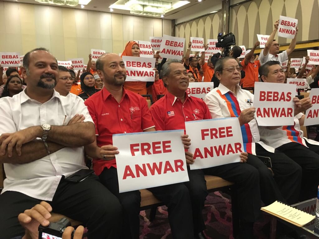 Free Anwar campaign is part of the national mission now. @dapmalaysia @n_izzah @anwaribrahim @mbnizar @ngehkooham https://t.co/R2ANsX1szE