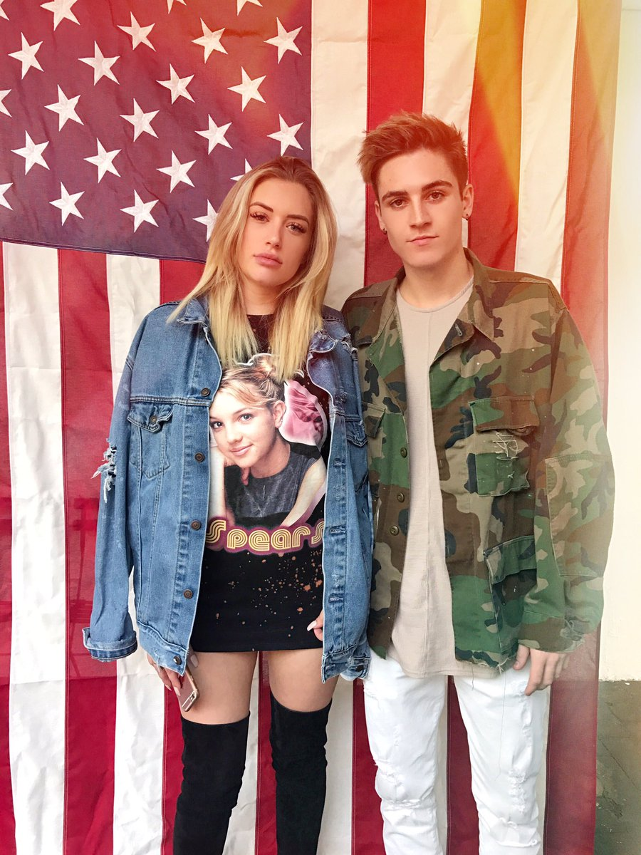 Great day with these two @sammywilk @stassiebaby https://t.co/4Z61D1tYJn