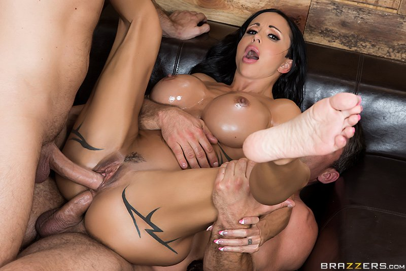 Mocha Kimberly Masturbating